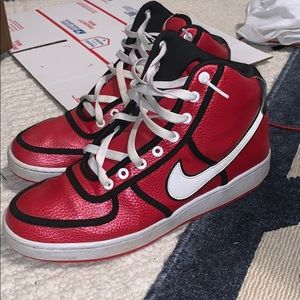 Red and Black high top Nike size 9.5 great shape